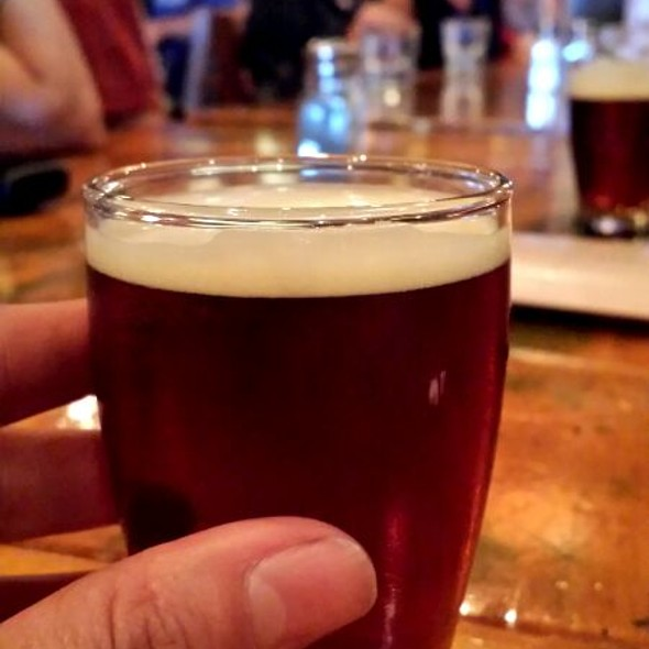Beer Sampler - Steamworks Gastown, Vancouver, BC