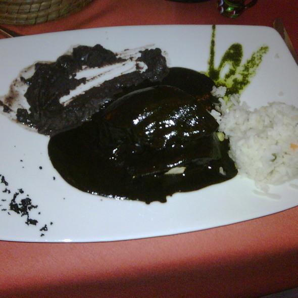 Mole Negro Oaxaqueño @  Barro Negro