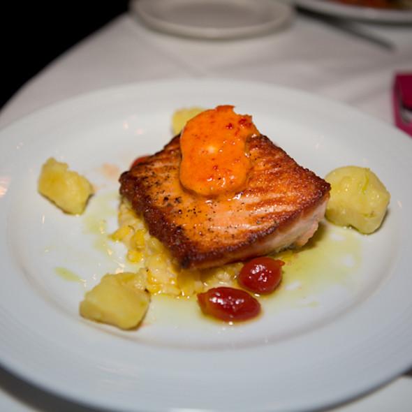 Saumon au Beurre de Tomate - Cafe Provence, Prairie Village, KS