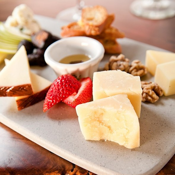 Cheese Board - Catelli Duo - Voorhees, Voorhees, NJ