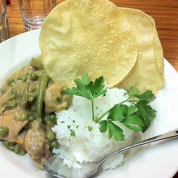 Thai Green Curry @ Mt Dandenong Hotel