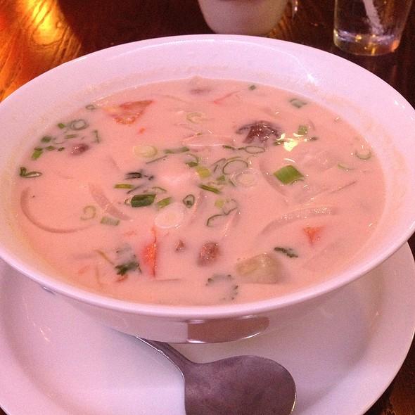 Thai Kitchen 5 Menu Boulder Co Foodspotting