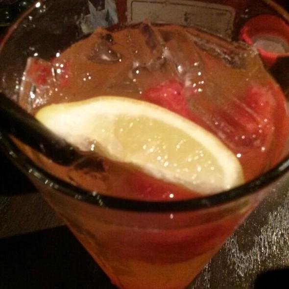 Freckled Lemonade @ Red Robin Gourmet Burgers