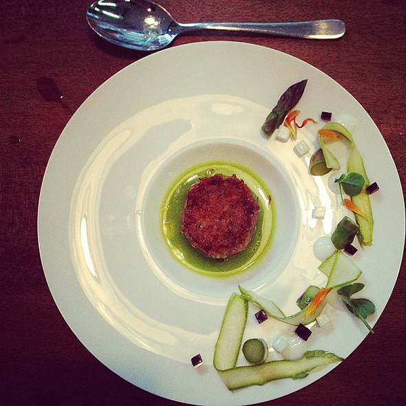 Veal tatar | beetroot | eggwhite @ Kaffee Uhlenbusch