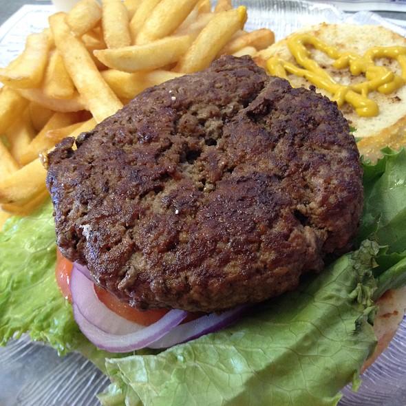 Burger At Country Kitchen