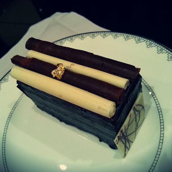 Chocolate Cake @ Beach Rotana