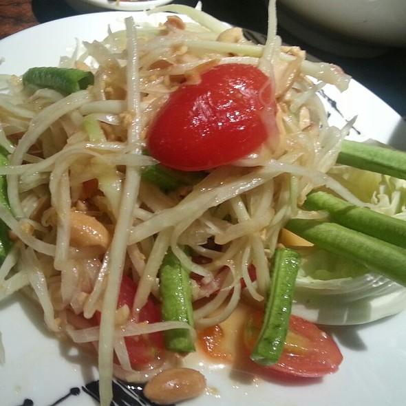 Papaya Salad @ You And Mee