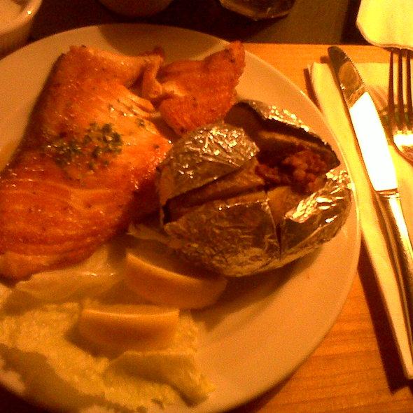 Salmon Steak @ Marché