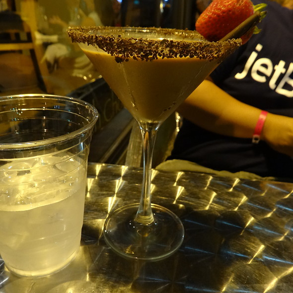 Chocolate Dipped Strawberry Martini @ The Chocolate Bar