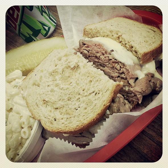 Hot Roast Beef Sandwich! @ Carl's Deli