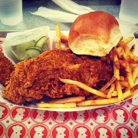 2 Piece White @ Blue Ribbon Fried Chicken