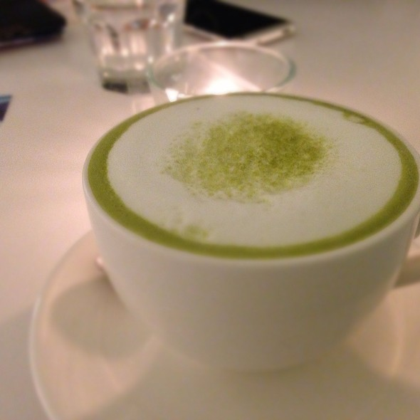 Matcha Latte @ cafe de comma 逗點複合式餐飲