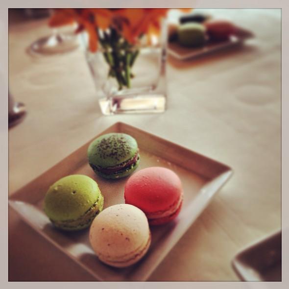 Macarons @ Le Normandie