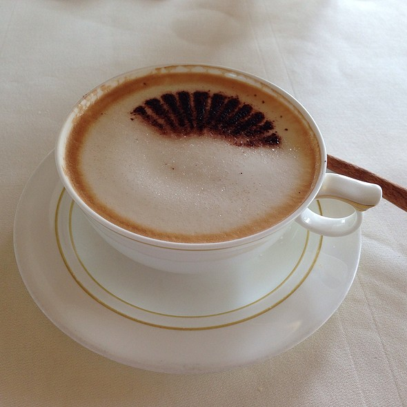 Cappuccino @ Le Normandie