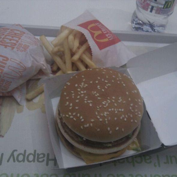 Big Mac @ Mac Donalds