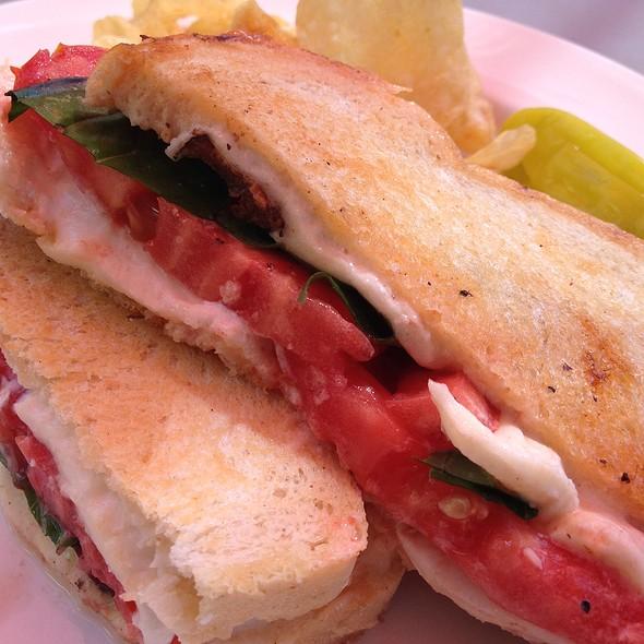 Caprese Sandwich @ Sammich Ashland