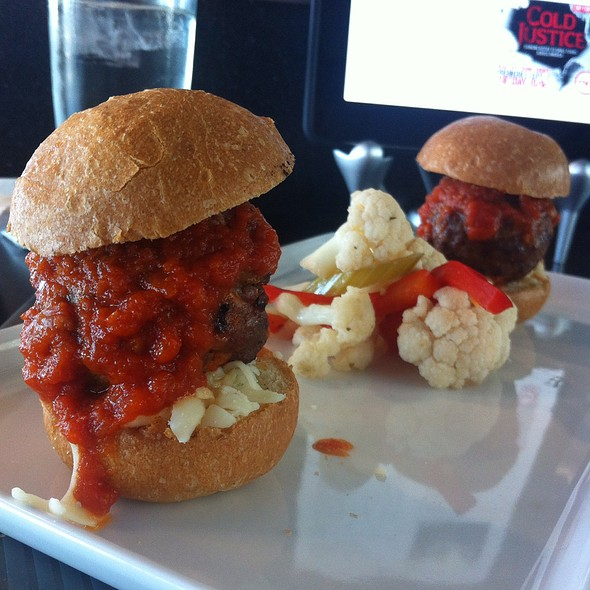 Meatball Sliders @ Apropos