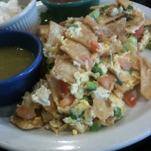 Chilaquiles @ Red Cafe