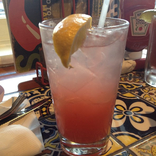 watermelon lemonade @ Chili's Grill & Bar