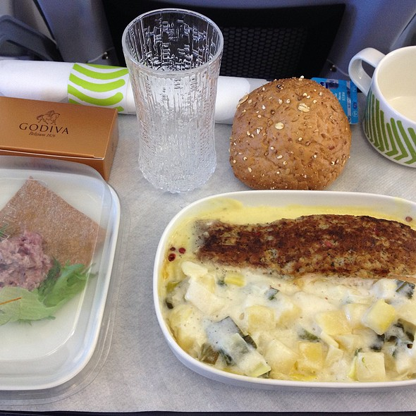 Finnair Short-Haul Lunch @ Finnair