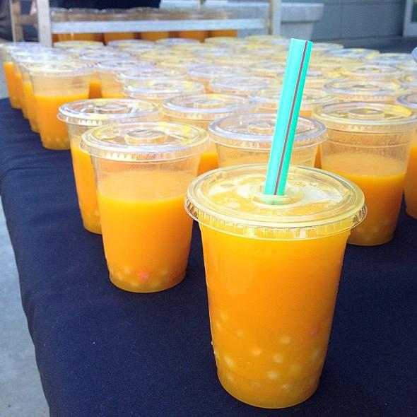 pop-up: mango & passionfruit boba drinks! @ Yahoo! Sunnyvale