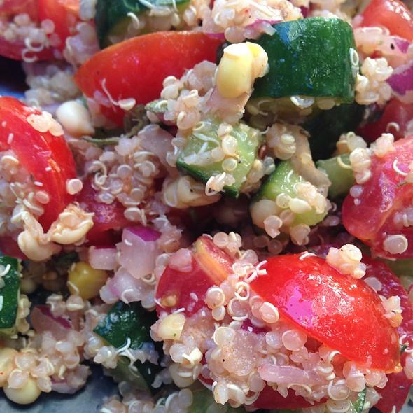 Quinoa Salad @ Honolulu Park Place Cafe