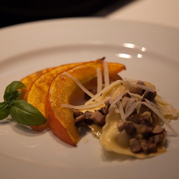Mushroom Ravioli | Truffled Mushrooms | Baked Pumkin @ A&S Sweet Home