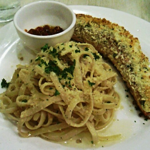 Baked Salmon & Aglio Olio @ Nomnomnom Happy Food