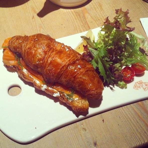 Smoked Salmon Croissant @ Le Pain Quotidien