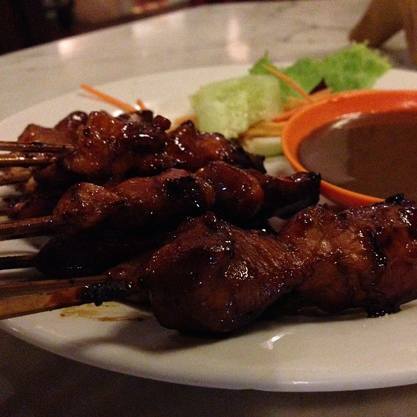 Chicken Sate @ Made's Warung