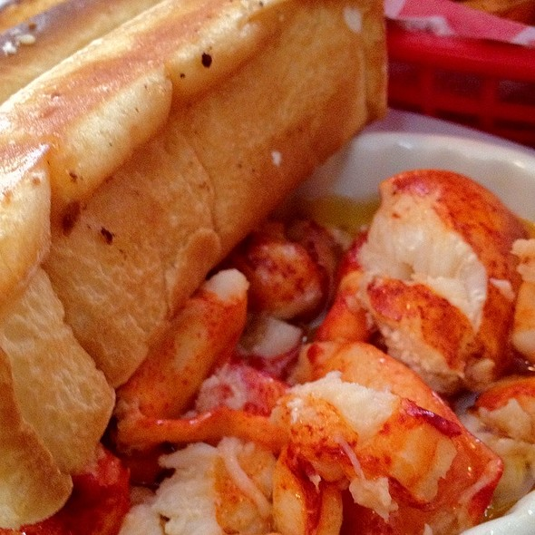 Lobster Roll (Hot With Drawn Butter) @ Lobster Roll Restaurant