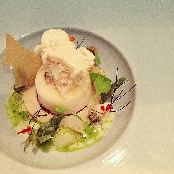 Hamachi - crab - dashi - buttermilk @ Restaurant Oud Sluis