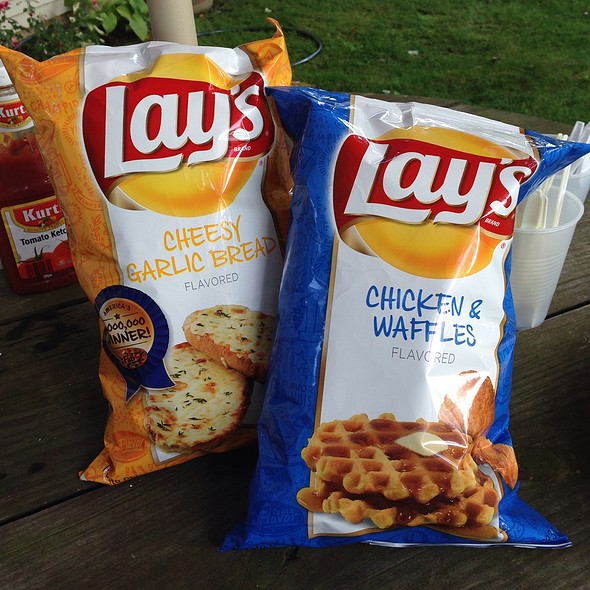Lay's Cheesy Garlic Bread and Chicken & Waffles Chips  @ Kroger