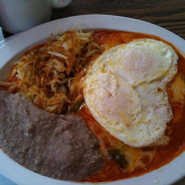 Huevos rancheros @ Poco & Mom's Restaurant