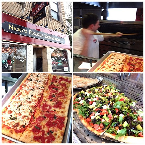 Stopped into Nicky's in Larchmont to get a slice en route upstate. Great pizza, , inventive (arugula salad pie?!). Dough machines+ovens from the 60's. they are doin' it! @ Nicky's Pizzeria
