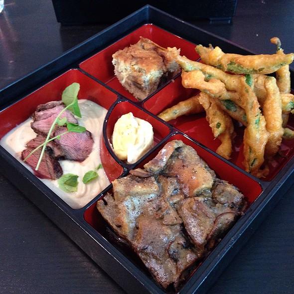 Square Peg Lunch @ Fabarnak