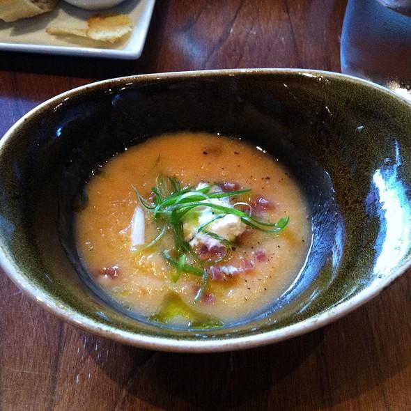 Chilled Melon Soup - Decca 77, Montréal, QC