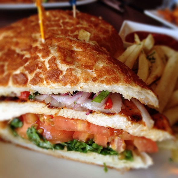 Grilled Chicken Sandwich @ Fresca Restaurant