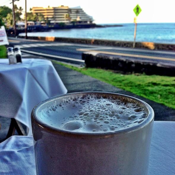 Cafe au lait - Island Lava Java Bistro, Kailua, HI