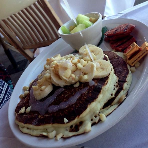 """Island Style"" Pancakes - Island Lava Java Bistro, Kailua, HI"