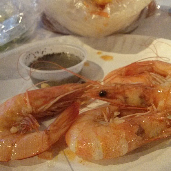 Went to have Cajun style shrimp last night. Mark and I tried Crawdaddy for the first time, it's not as good as the Boiling Crab so I doubt we'll be back. @ Crawdaddy Restaurant