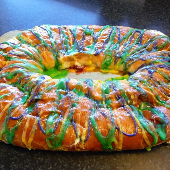 King Cake @ Aki's Bakery
