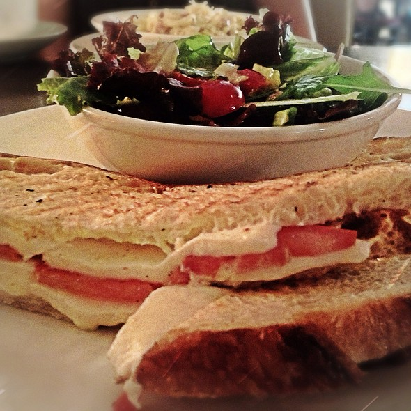 Tomato & Mozzarella Panini W. Salad