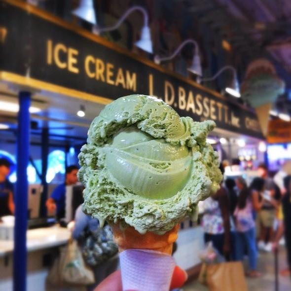Green Tea Ice-cream @ Bassett's Ice Cream