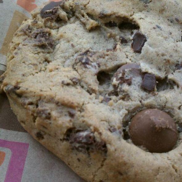 Chocolate Chunk Cookies @ Dunkin' Donuts