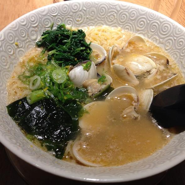 Clam Garlic Ramen With Corn @ Ramen Izakaya Goku