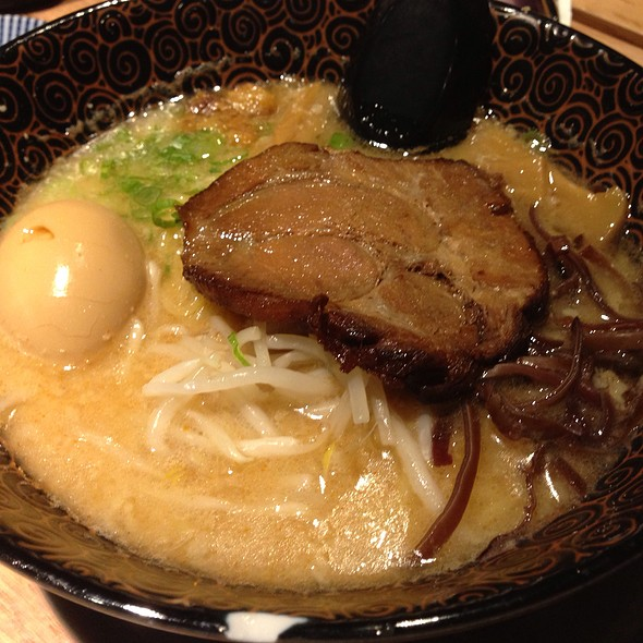 Rich Tonkatsu Ramen @ Ramen Izakaya Goku