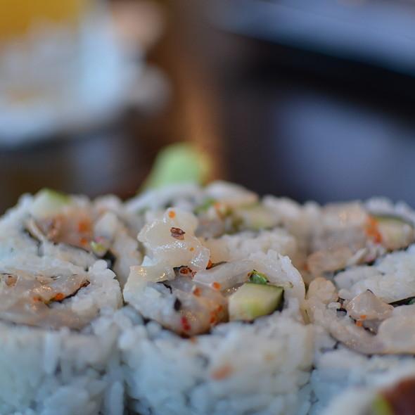 Scallop Roll - Sushi Bushido, Kapaa, HI