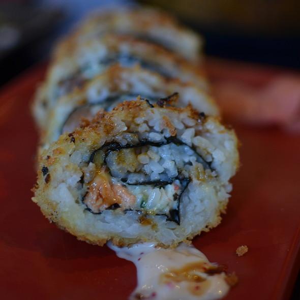 Roll - Sushi Bushido, Kapaa, HI