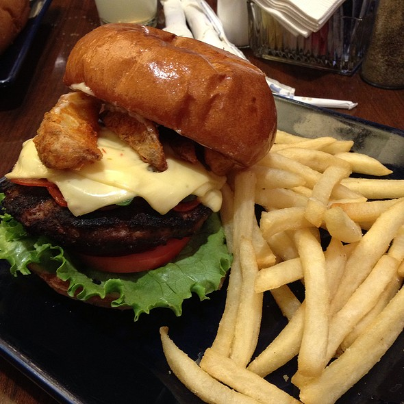 Mac Attack Burger @ Blue Square Cafe